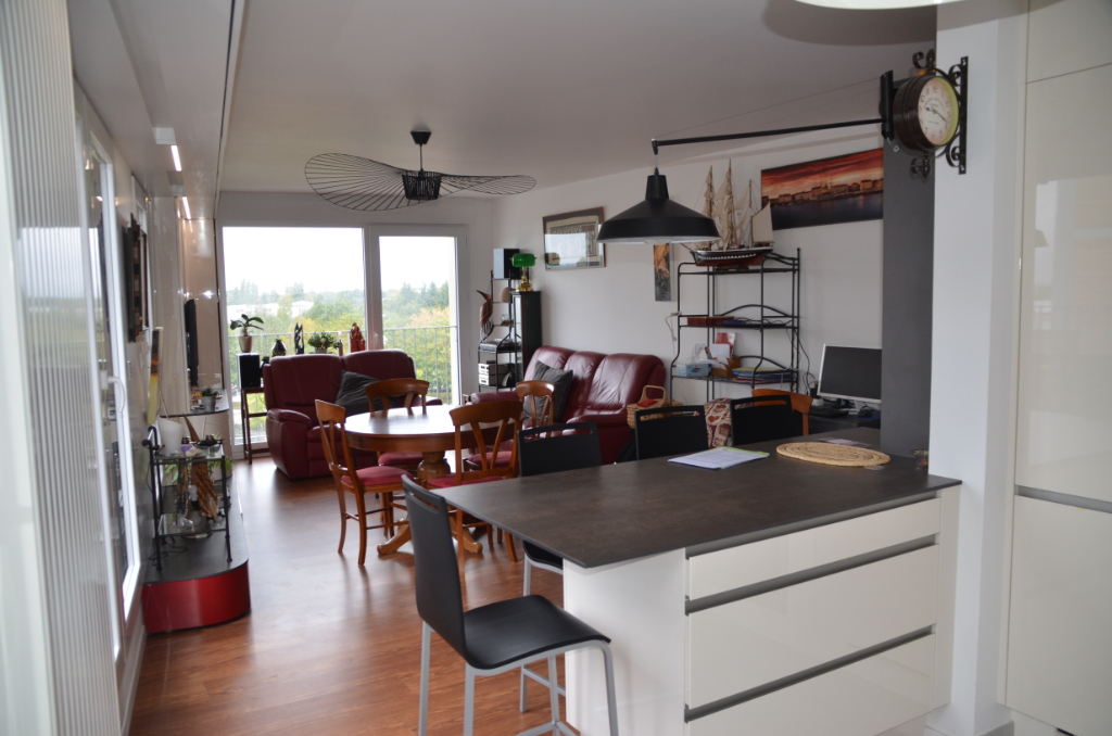 APPARTEMENT TYPE T4 89M2 RECENT