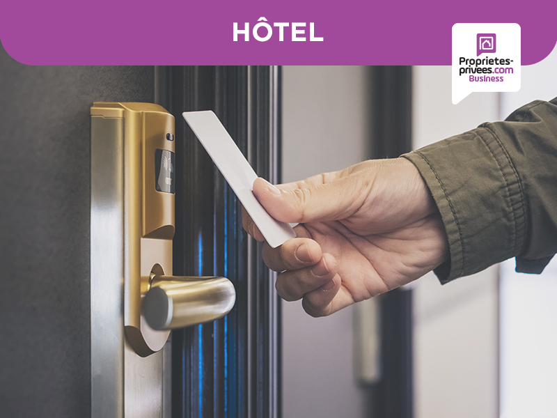 AIGUES MORTES - Hôtel de standing 1.350 m2
