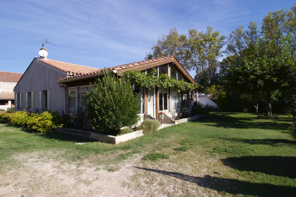 PLAN D'ORGON 13750 Maison 7 pièces 155m2  avec studio indépendant