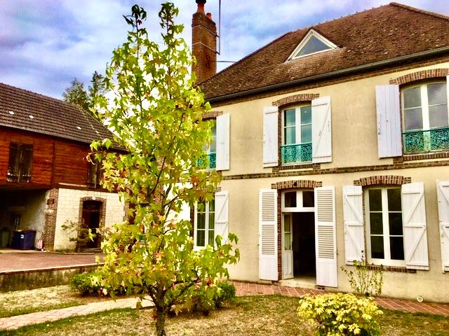 Maison de Caractère La Ferté-Loupière