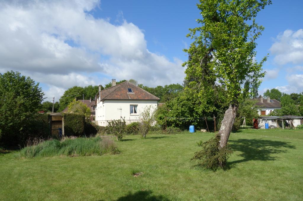 Maison avec piscine, Crevecoeur Le Grand 8 pièce(s) 151 m2