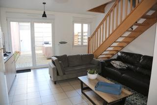 Emplacement idéal !Maison Etaples Sur Mer 4 pièce(s) 78m2, très RARE garage,  cour, secteur centre ville proche port