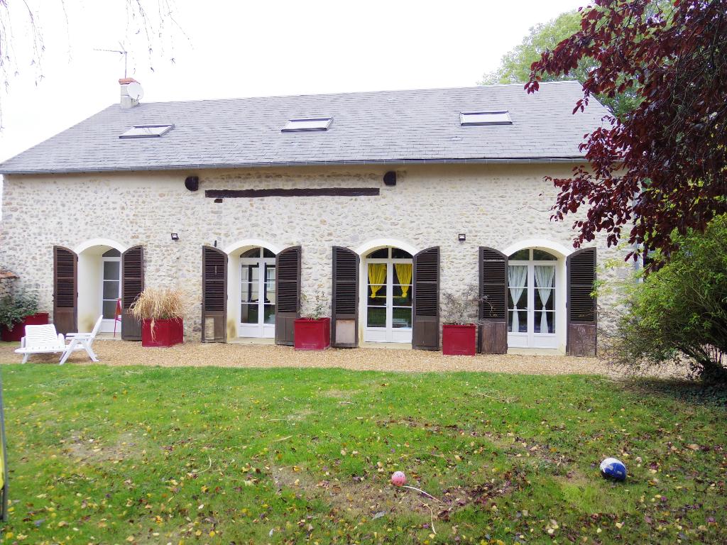Maison Boisville La Saint Pere 6 pièce(s) 236 m2