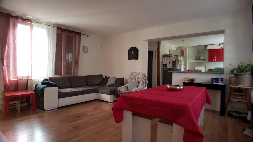 Appartement  4 pièces proche Soissons