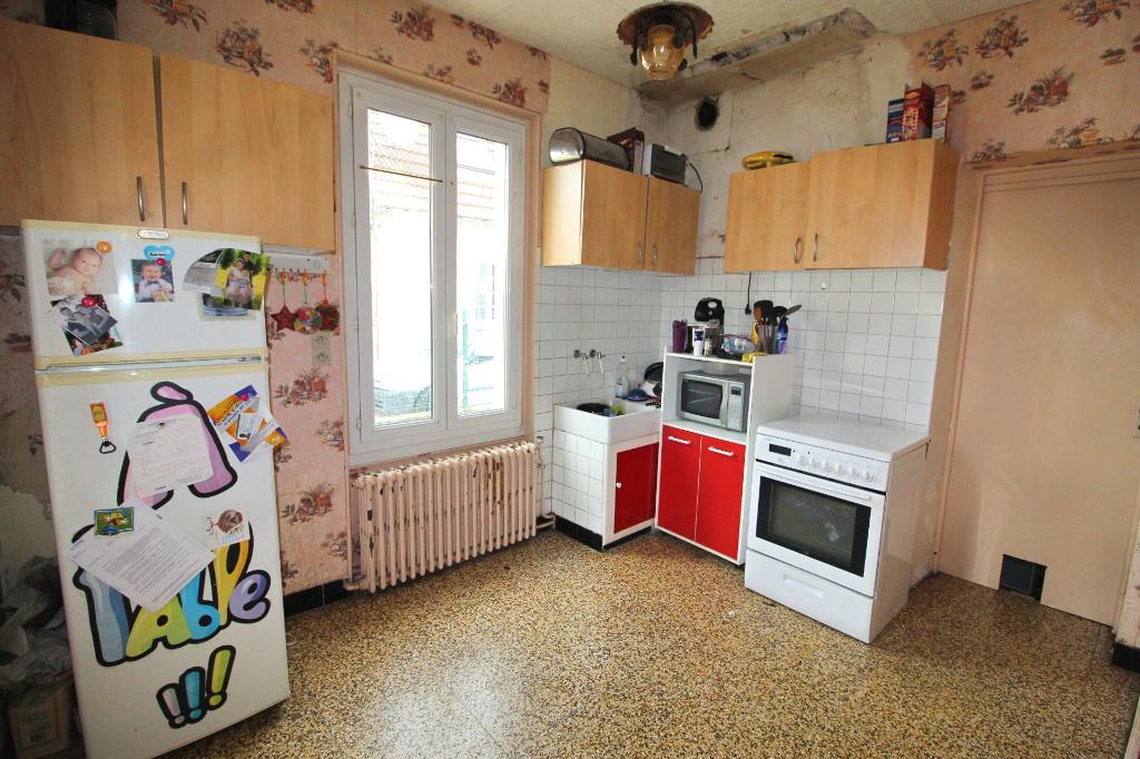 Maison à rénover 55m² - 02370 VAILLY SUR AISNE