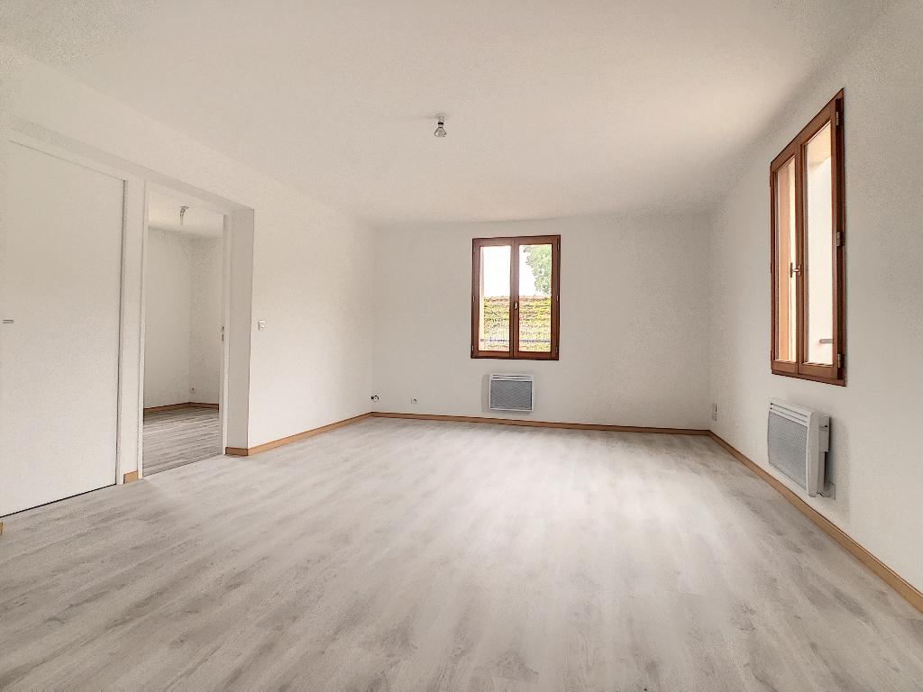 Appartement  2 pièce(s) 42.68 m2 refait à neuf