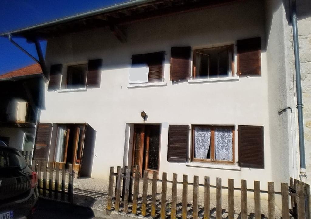 Maison  4 pièce(s) 138 m2