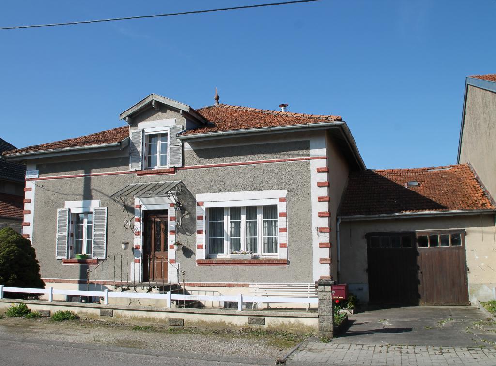Maison Montfaucon D'argonne 4 pièce(s) 129 m2