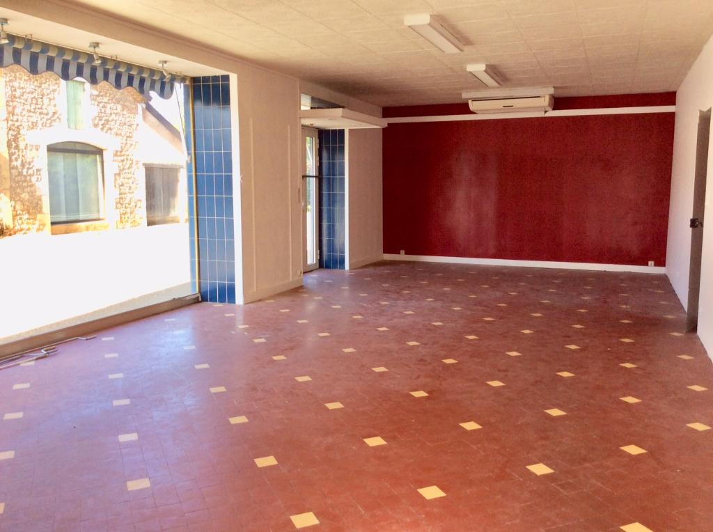 Maison 95 m2 - local 53 m2 - Corgnac sur l'Isle 24800