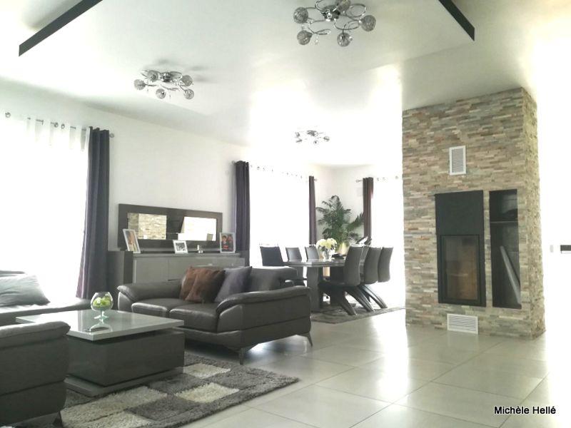 Maison 6 pièce(s) de plain-pied 168 m2