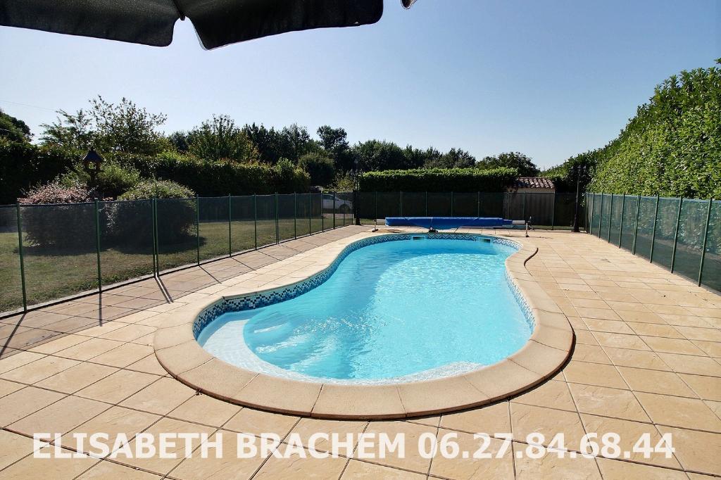 MINZAC 24610 -  2 maisons en pierre - 11 pièces  -  6 chambres - 2 piscines - 5000 m² de terrain