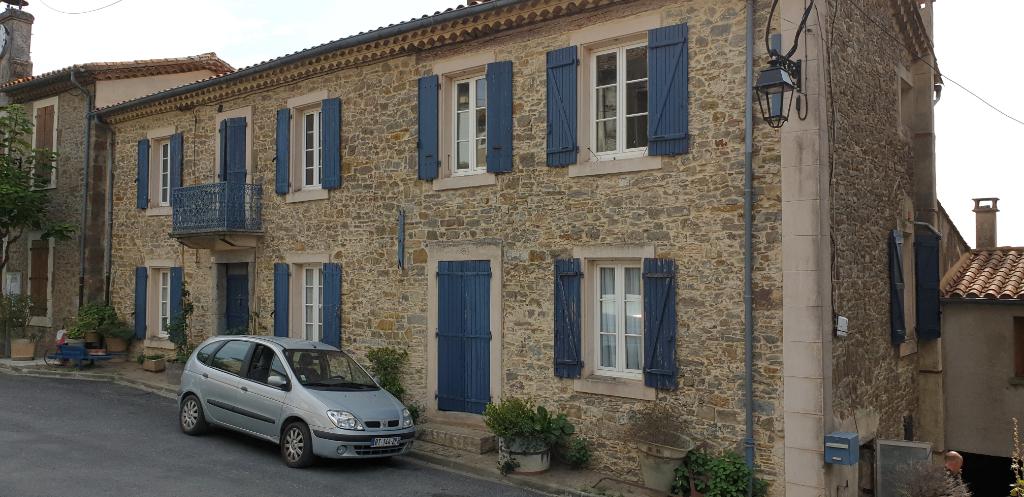 RARE superbe maison en pierre entièrement rénovée idéal chambre d'hôtes!!!!!