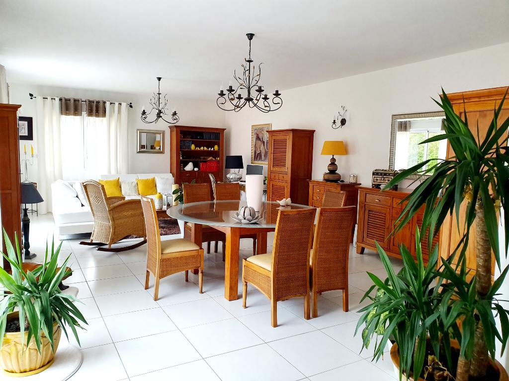 Maison Coulombiers 6 pièce(s) 151 m2
