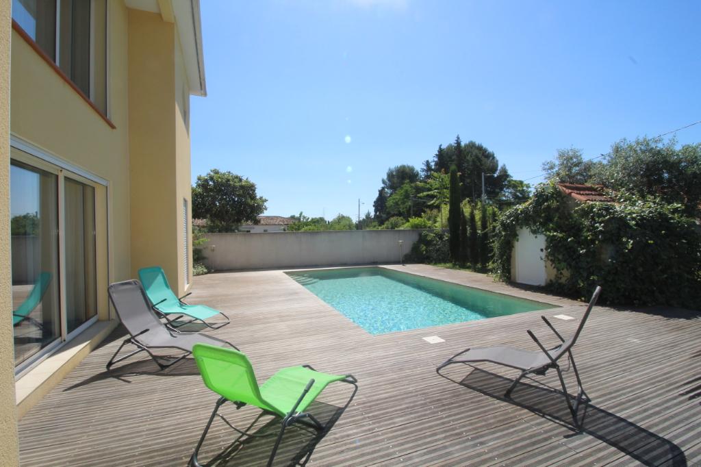 34800 Aspiran - Villa 150 m² - 3 chambres- piscine- 410 000