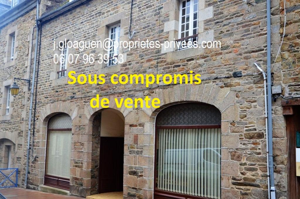 Maison centre ville de Treguier 280 m2