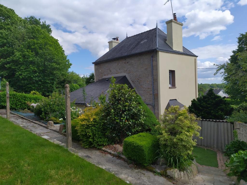 Maison Guemene Sur Scorff 6 pièce(s) avec jardin et garage