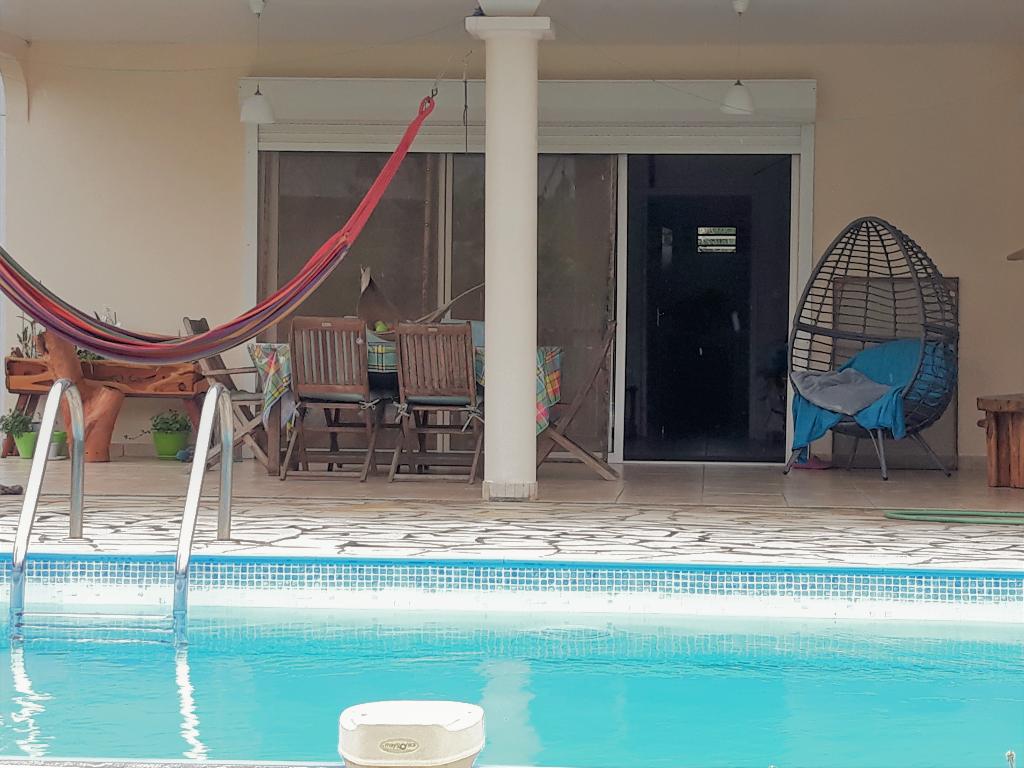 Rémire Montjoly - Secteur Cabassou  : VILLA T7 avec piscine
