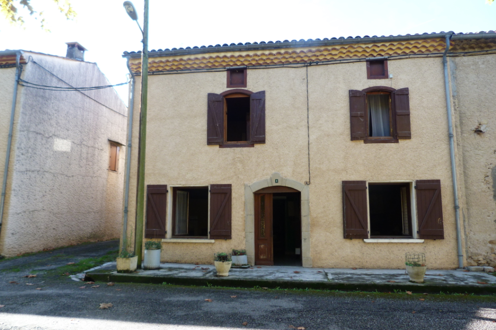 Sabarat 09350 Maison  4 chambres terrain 1071 m²  40 000 euros honoraires agence charge vendeur