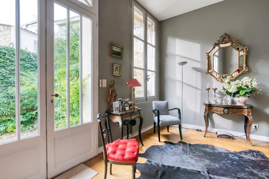 BORDEAUX ST SEURIN Belle maison en pierre 4 chambre jardin ouest