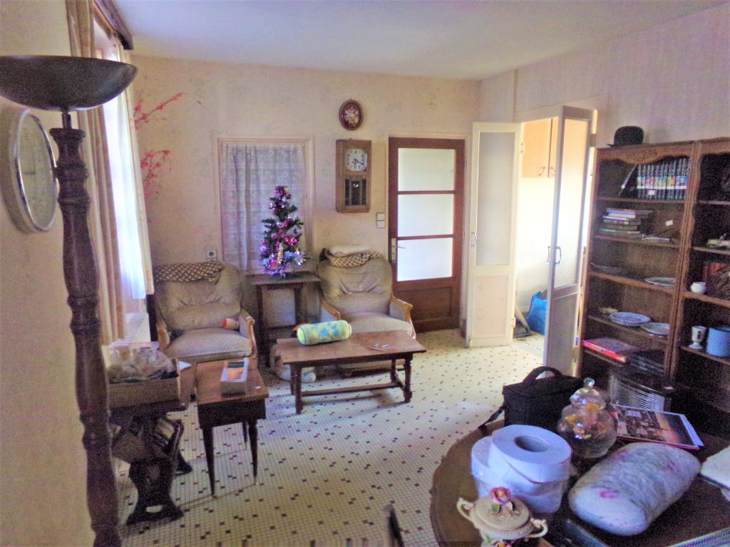 Maison à rénover 4 pièce(s) 90 m2 sur Barrou