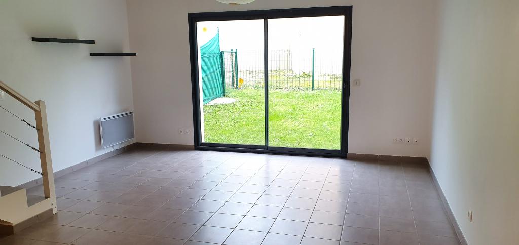 Maison de 2010, 4 pièces 88 m2, garage