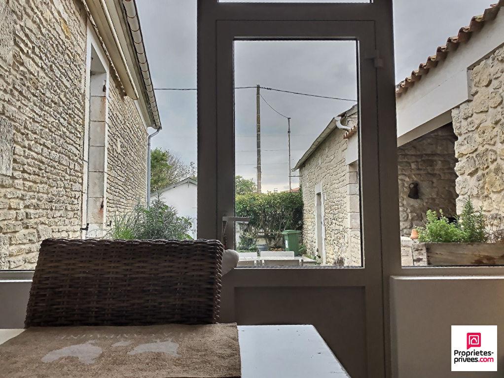 Île d' Oléron - Dept 17 - Belle Maison Le Château D ' Oléron 8 pièce(s) 185 m2 4/5 chambres, 2 garages, dépendance, jardin et terrasse