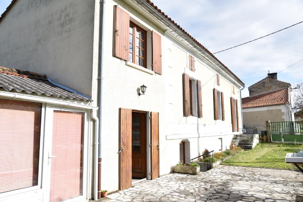 Maison Saint Yrieix Sur Charente 3 pièce(s) 84 m2