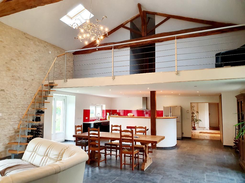 Maison Chouppes 6 pièce(s) 267 m2