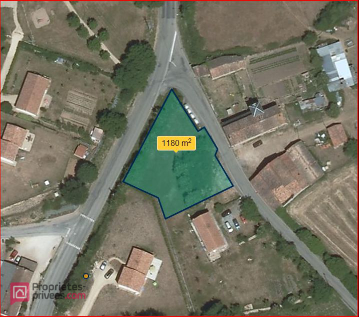 Terrain  constructible viabilisé 1180 m2