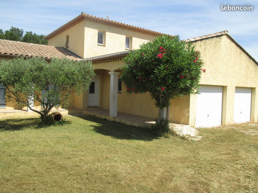 Villa  6 pièce(s) 135 m2 avec piscine