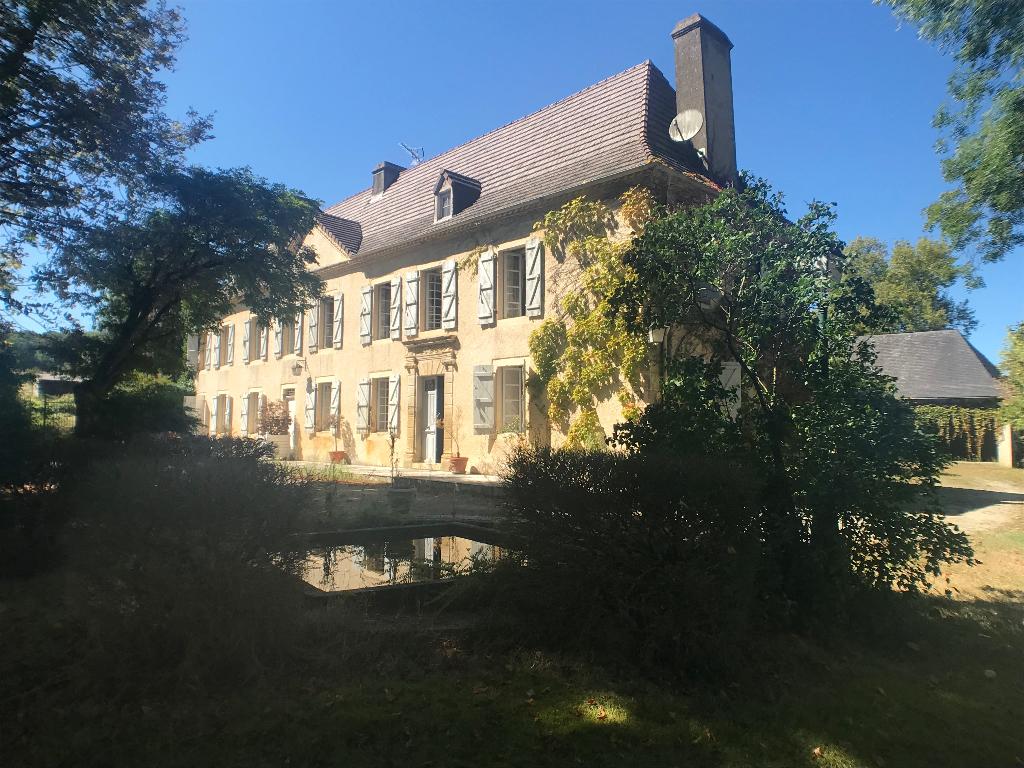 Maison Monassut Audiracq 9 pièce(s) 400 m2 environ 450000