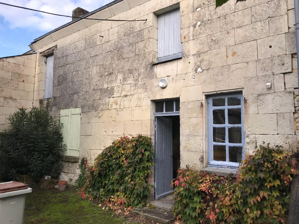 Maison à rénover Saumur 4 pièce(s) 65m2 et dépendances