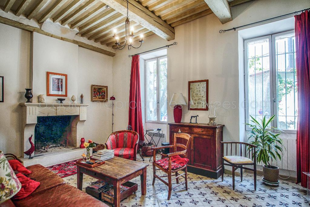 Maison Pernes Les Fontaines 7 pièce(s) 185 m2