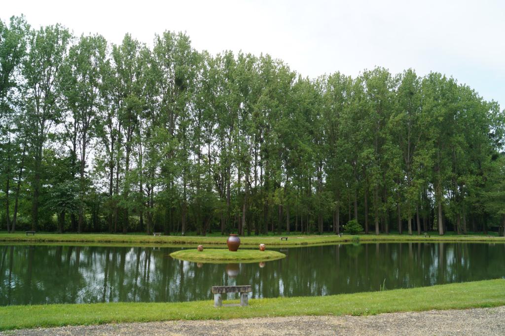Etang Lachapelle Aux Pots 95 329 m2