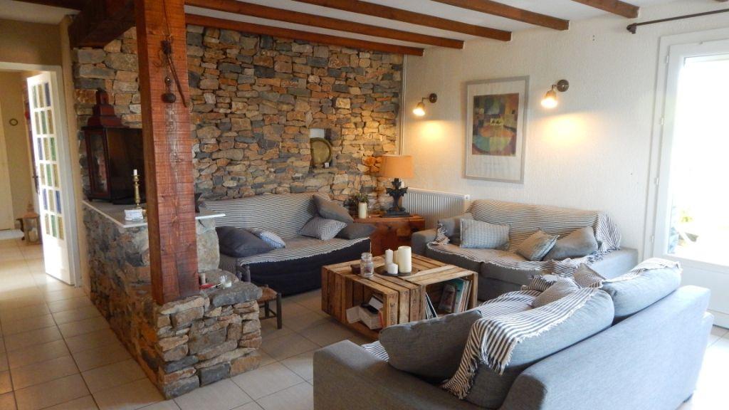 Maison Montlegun 6 pièce(s) 136 m2