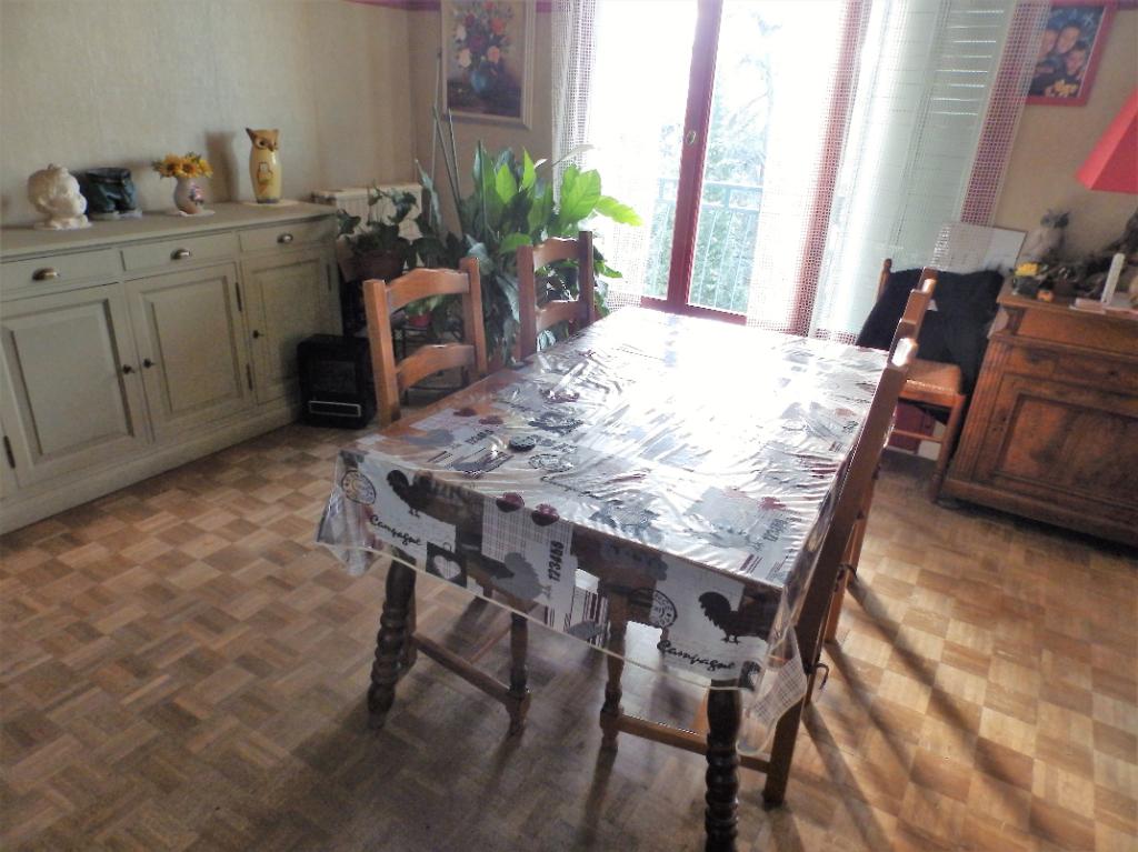 Appartement t4 Aubenas 3 pièce(s) 70 m2