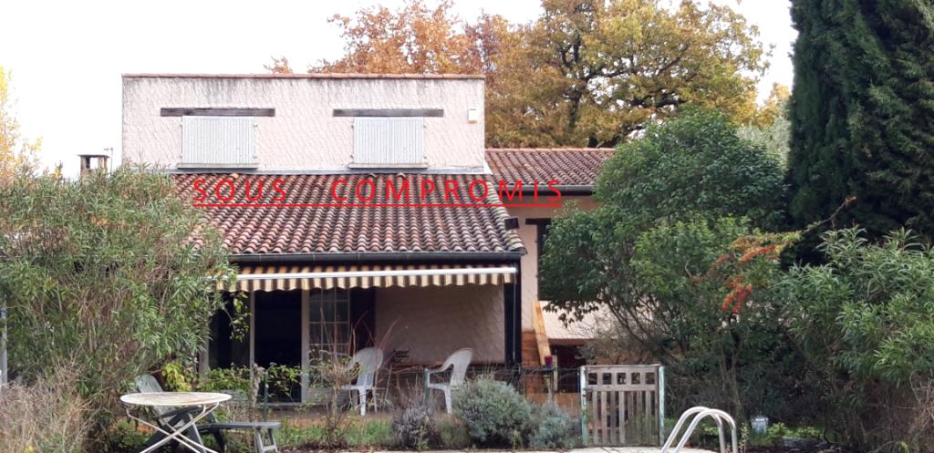 Maison R+1 160m² sur 1400m² de terrain à Montélimar 190 000
