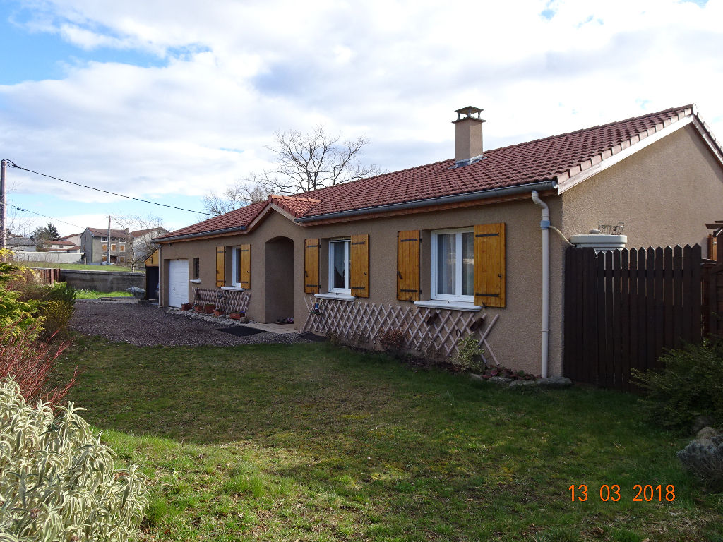 Bas en Basset Plain-pied de 92 m²  2 chambres 735m² de terrain