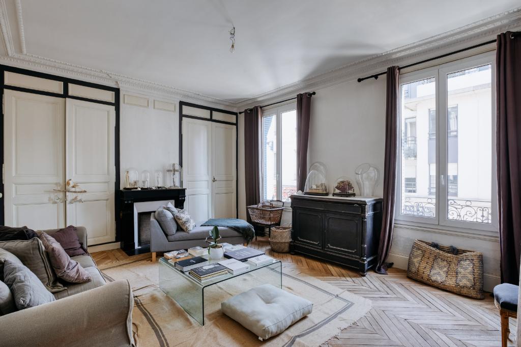 EVREUX 27 000, maison, 285 m2, 5/6 chambres, dépendances, jardin au prix de 457 500 HAI