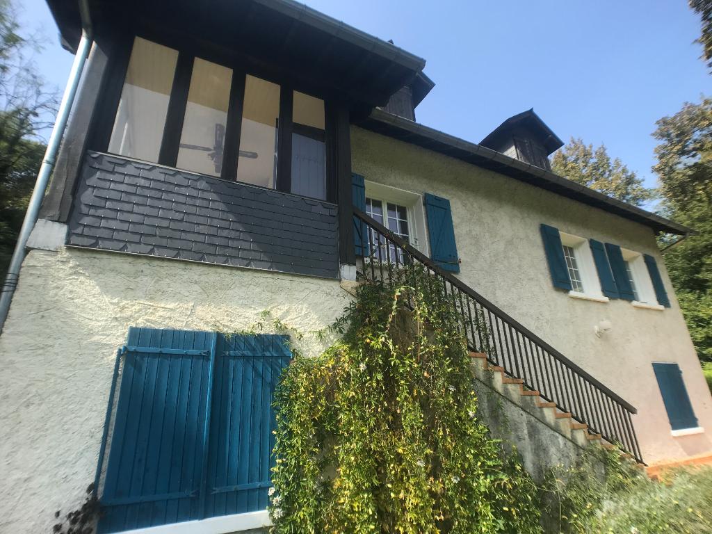 Maison Laroin 8 pièce(s) 200 m2