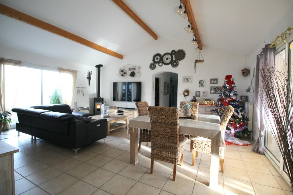 Maison 130 m2 Piscine 1 330 m² de terrain