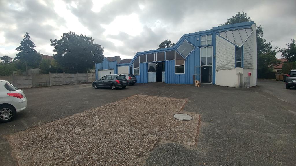 DREUX - Entrepôt / local industriel  565 m²