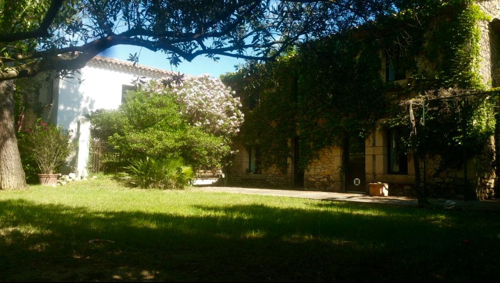 Superbe propriété proche Chateauneuf du Pape !