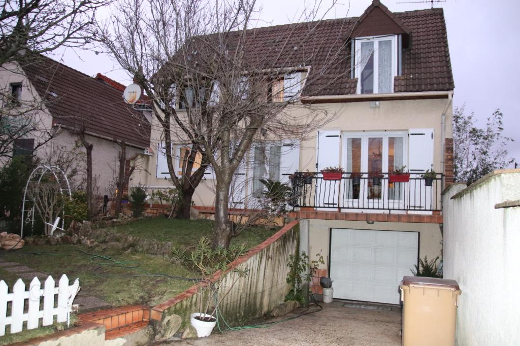 Maison Romainville 5 pièce(s) 143 m2