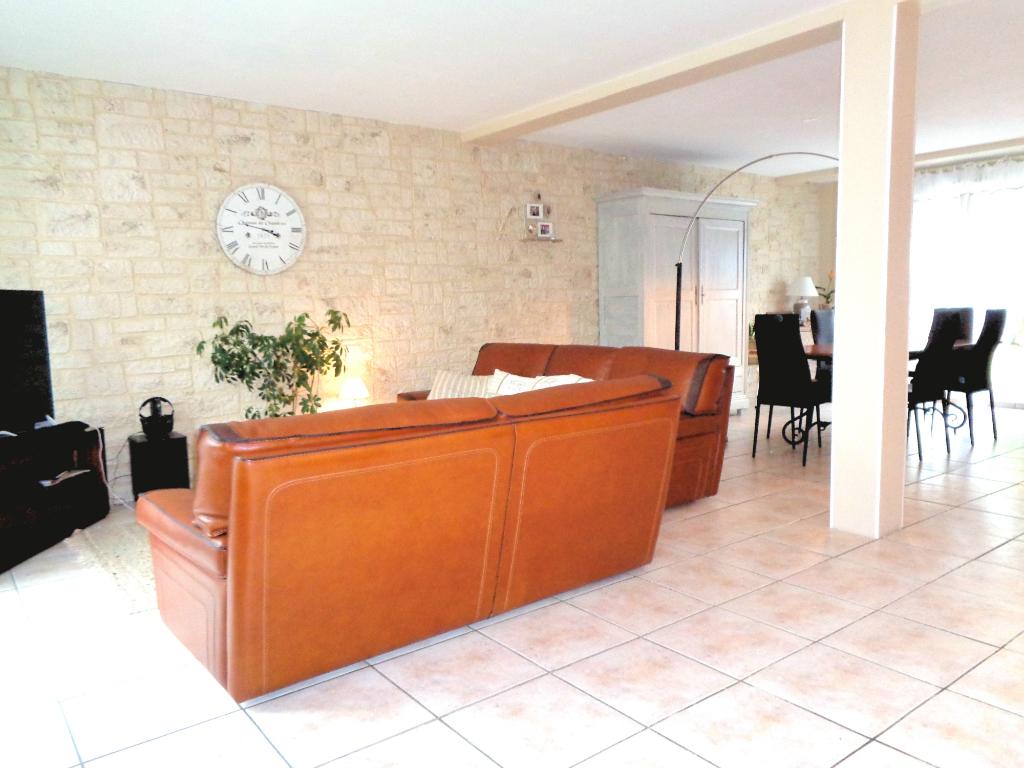 Vente Maison 6 pièces 127 m²