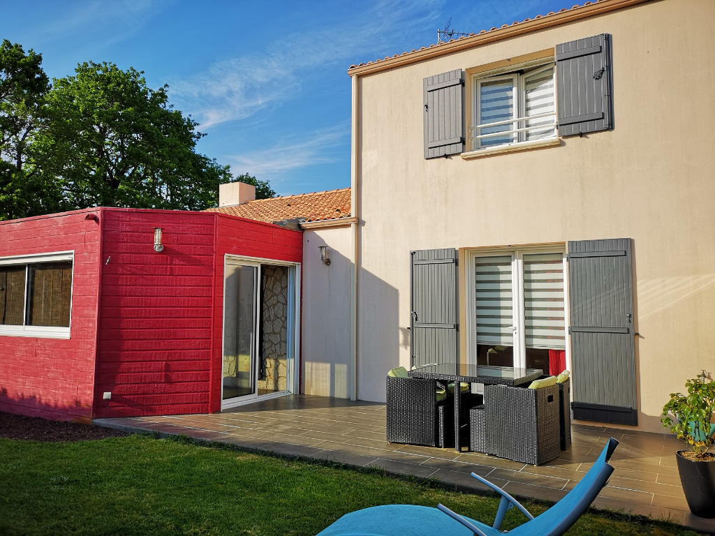 Maison Pornic 5 pièce(s) 104 m2 avec garage Proche commerces