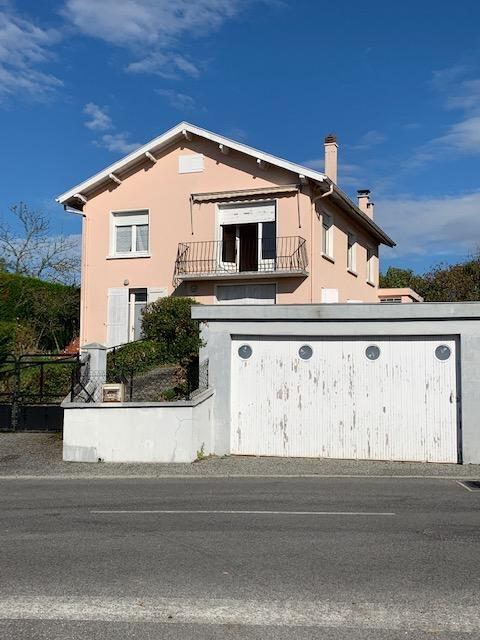 Maison Morlaas 8 pièce(s) 140 m2