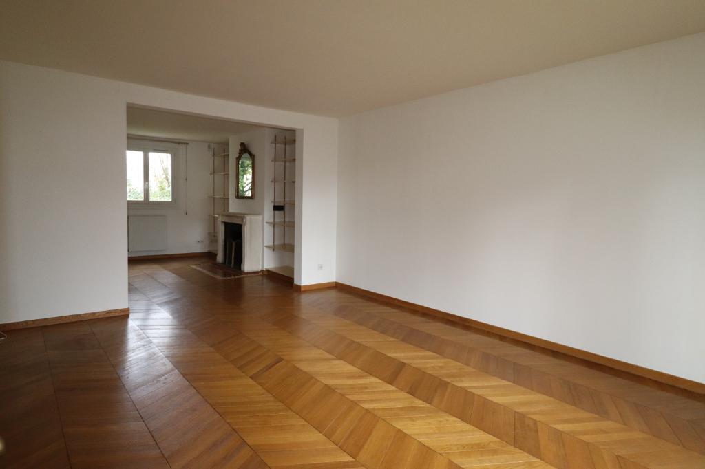 Maison Conches sur Gondoire 8 pièce(s) 213 m2
