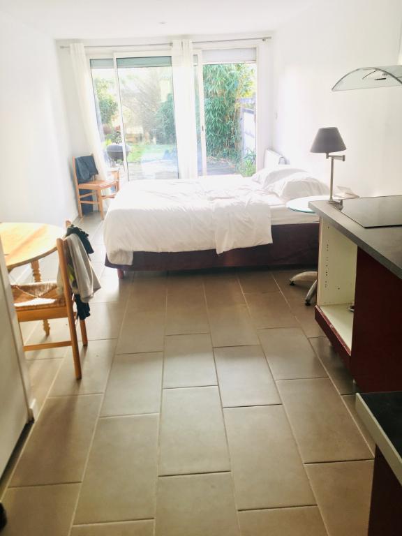 Studio Amiens 23 m2 avec jardin, terrasse et parking