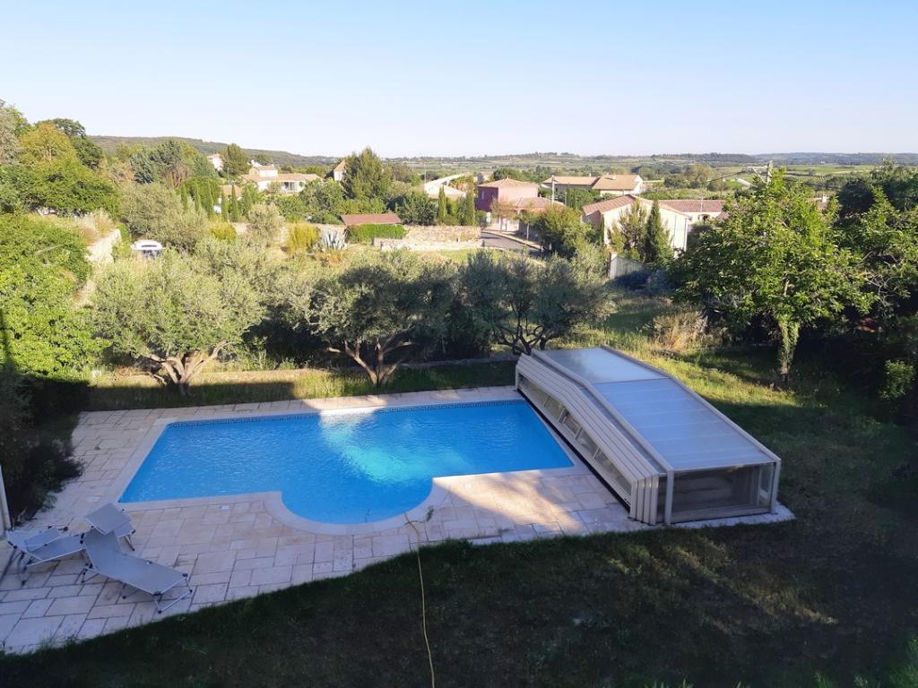 Maison de caractère avec piscine sur 828m² de terrain